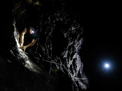Monkey Island Falesia in notturna